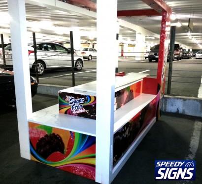 kiosk-candy-2.jpg